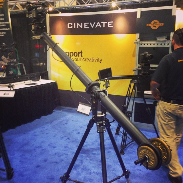 #cinevate #portable #jib for $2k, holds 50lbs, 7' vertical arc, they say folds down to 4' aprx and weighs 17lbs before cased